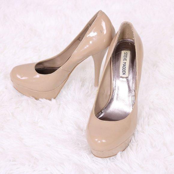 Steve Madden patent nude 5.5 inch heels c3